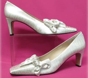 pointures pour 14 ou de blanches grandes chaussures ivoire paires xWvanxw