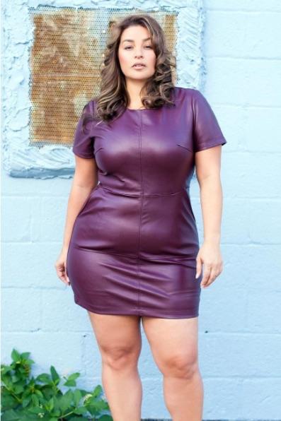 Femme En Robe Moulante 10 photos de rondes qui osent la robe moulante grande taille
